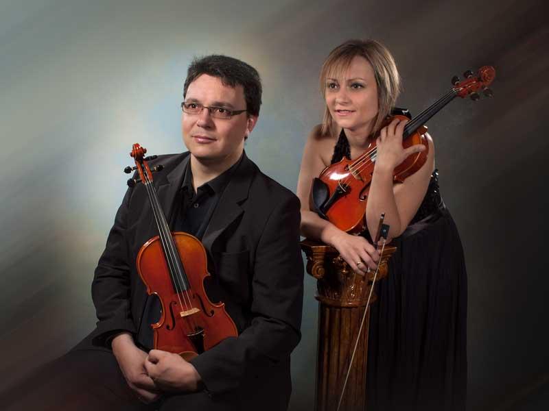 duo-arezzo_musica_bodas_bandas-sonoras_ceremonia_coctel_novios